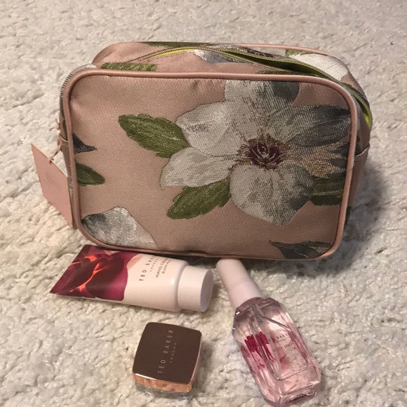 406f1aacd0e1 Ted Baker Blush Trio Gift ladies. Price Firm.